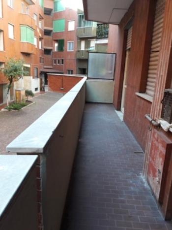 Milano | Monolocale in Vendita in via Caltagirone 12  | lacasadimilano.it