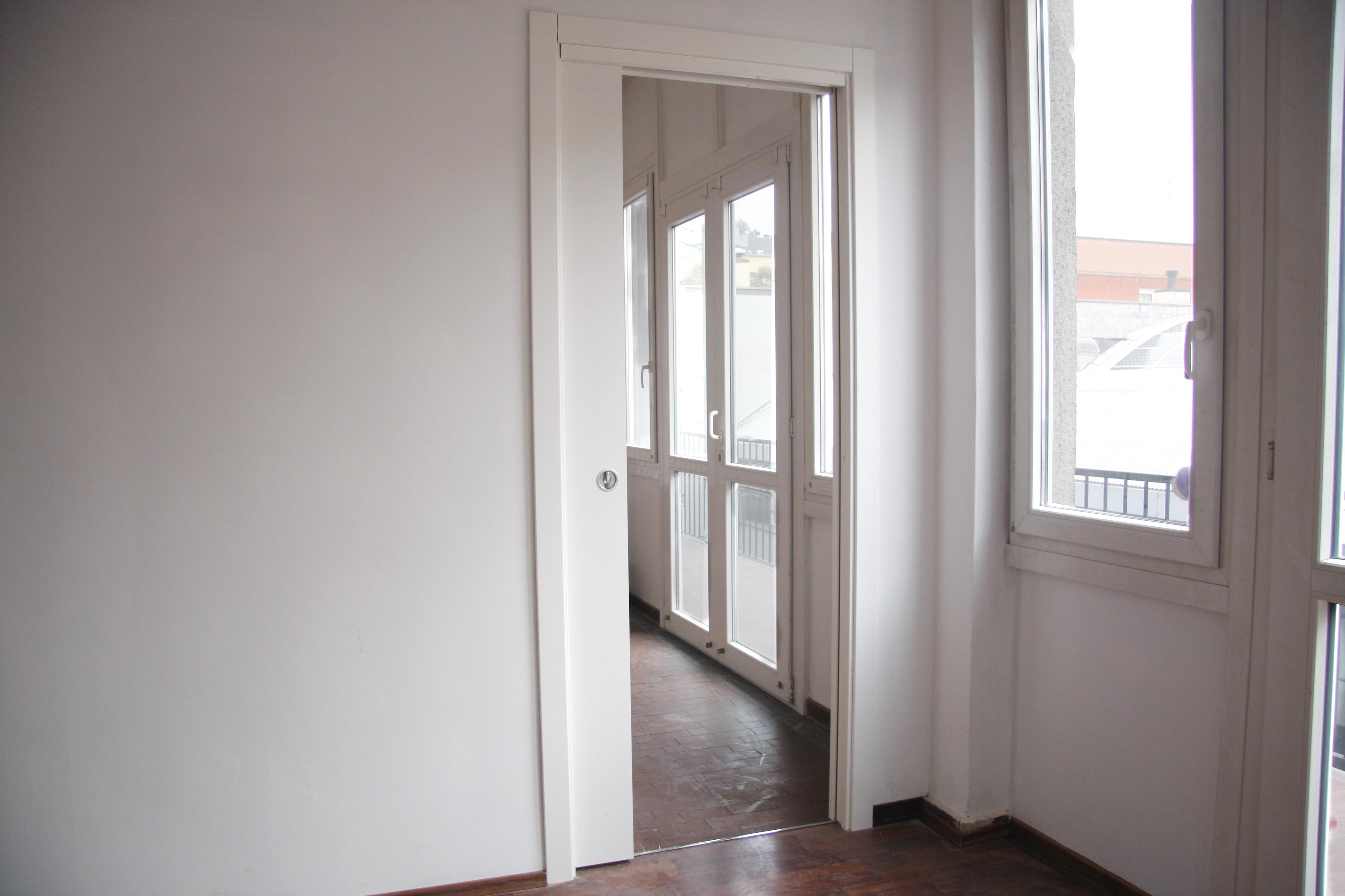 Milano | Laboratorio in Affitto in via Bernardino Biondelli 9 | lacasadimilano.it